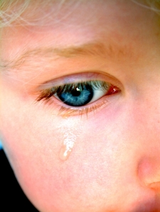 istock_000000357240small_child_crying_1